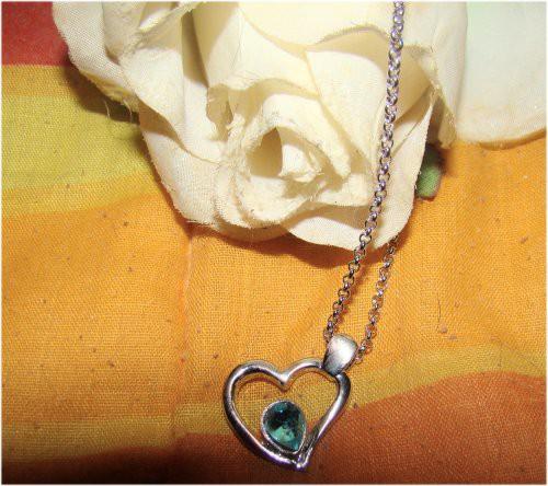 Kette Necklace Blau