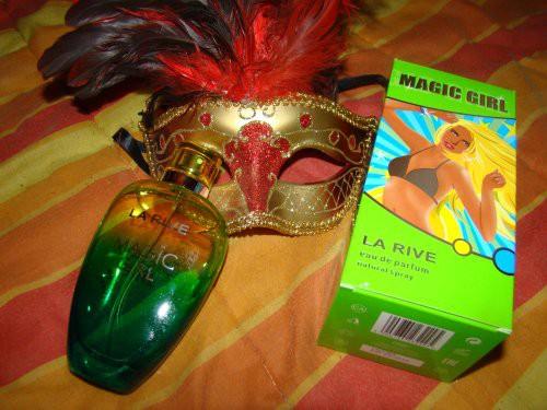La Rive Magic Girl