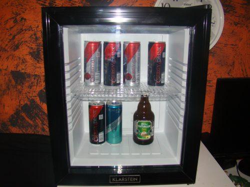 Kleiner Kühlschrank Cola : Klarstein minibar mini kühlschrank